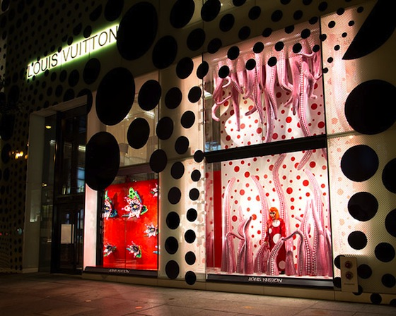 Yayoi Kusama, Whitney Museum, NYC, Japanese artists, 192 books, Louis Vuitton