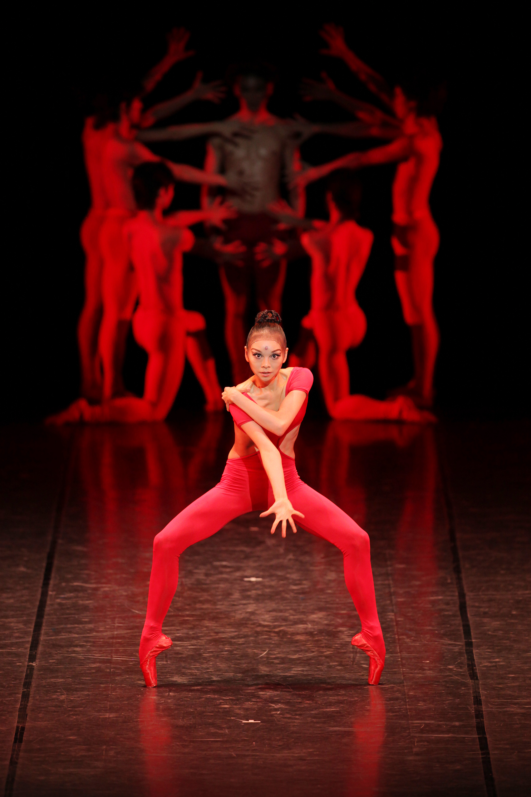 Contemporary dance companies in nyc for Contemporary dance classes nyc